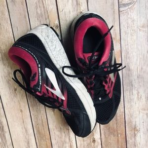 Brooks Addiction 13 Black Sneakers Running Shoes